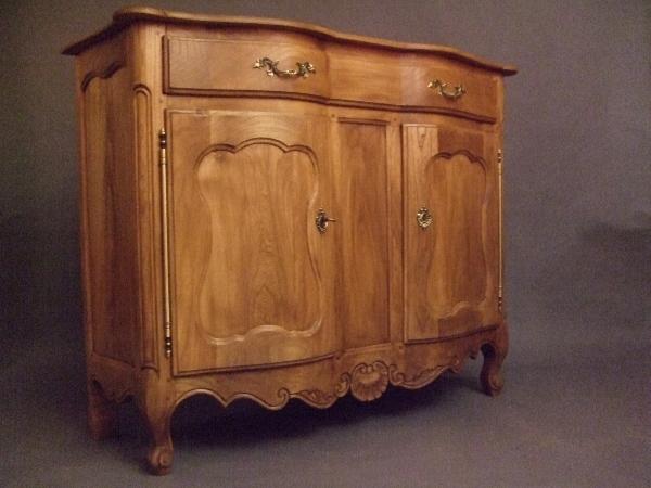conception d un meuble du bois franc l 39 oeuvre. Black Bedroom Furniture Sets. Home Design Ideas
